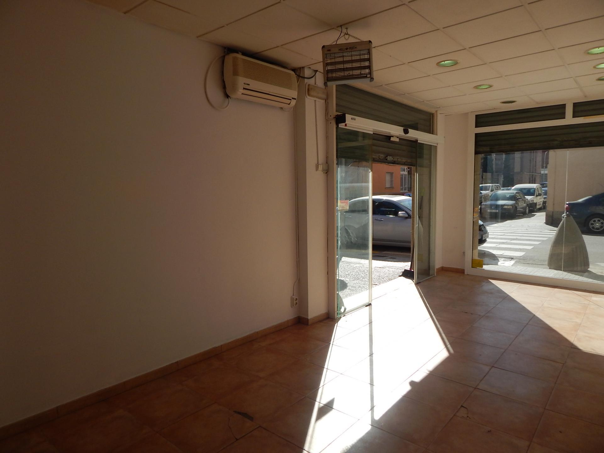 Foto 1 (V-702/2020) - Tienda en Venda a L'Espirall, Vilafranca del Penedès